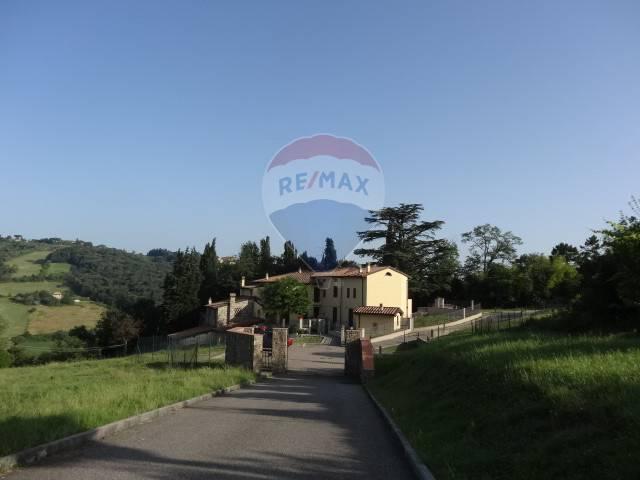 Appartamento in vendita a Impruneta, 3 locali, zona Zona: Falciani, prezzo € 206.000 | CambioCasa.it