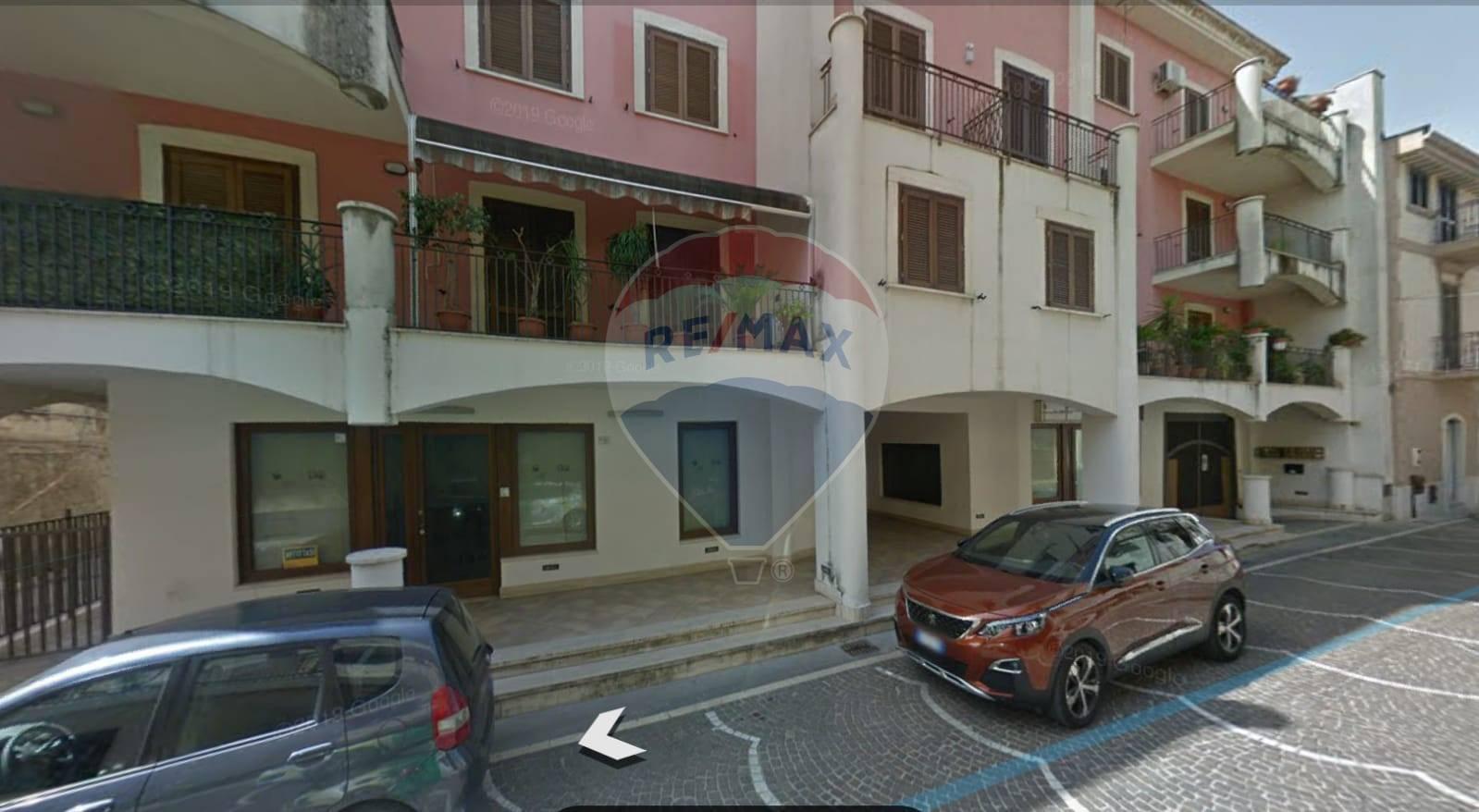 Negozio / Locale in vendita a Marcianise, 9999 locali, prezzo € 99.000 | CambioCasa.it
