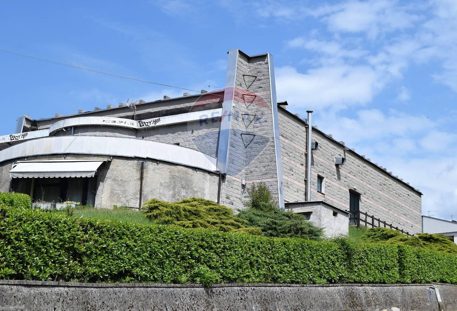 Negozio / Locale in vendita a Bagni di Lucca, 9999 locali, zona Zona: Fornoli, prezzo € 380.000 | CambioCasa.it