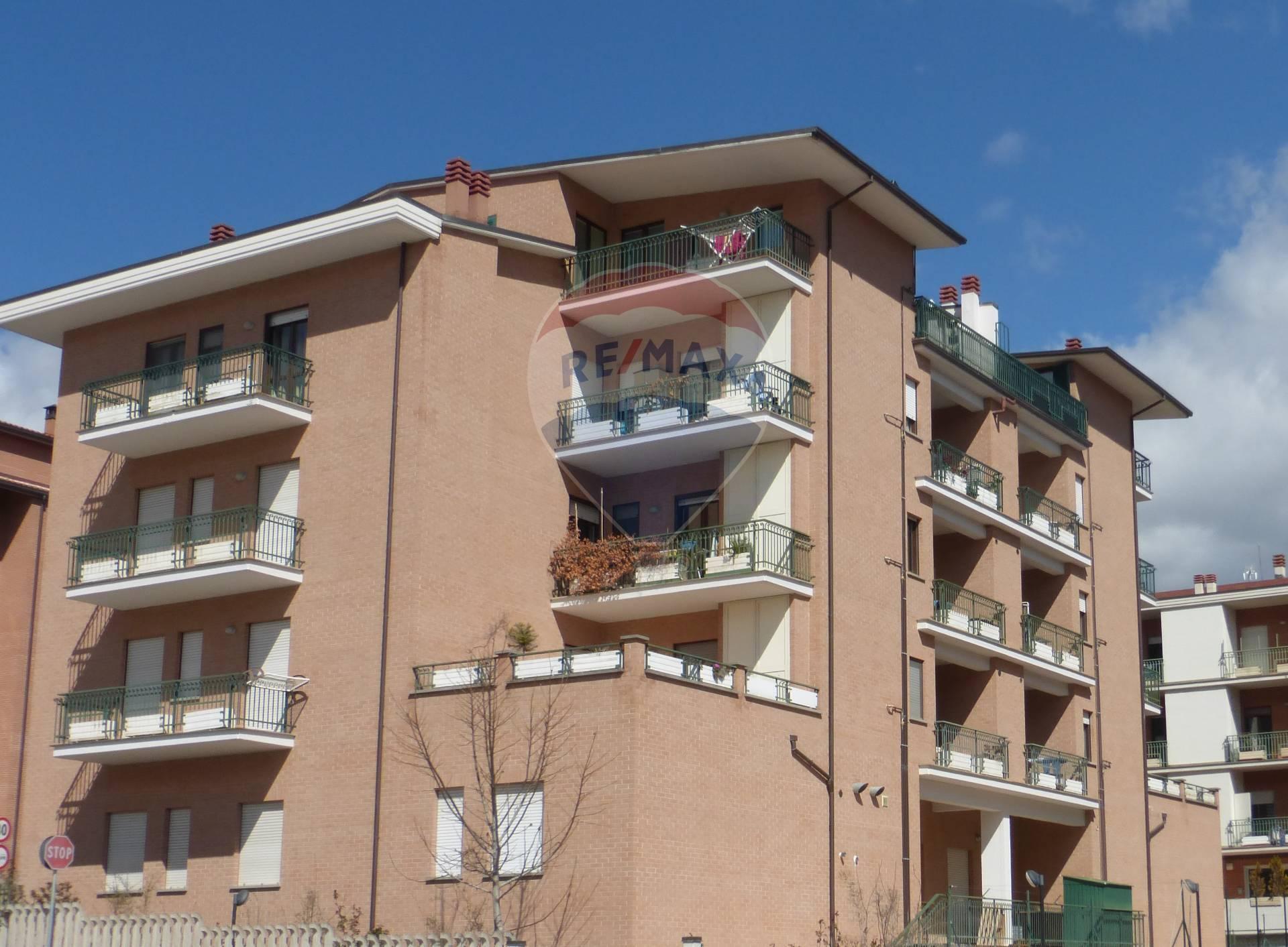 Appartamento, 75 Mq, Vendita - L'aquila (L'Aquila)