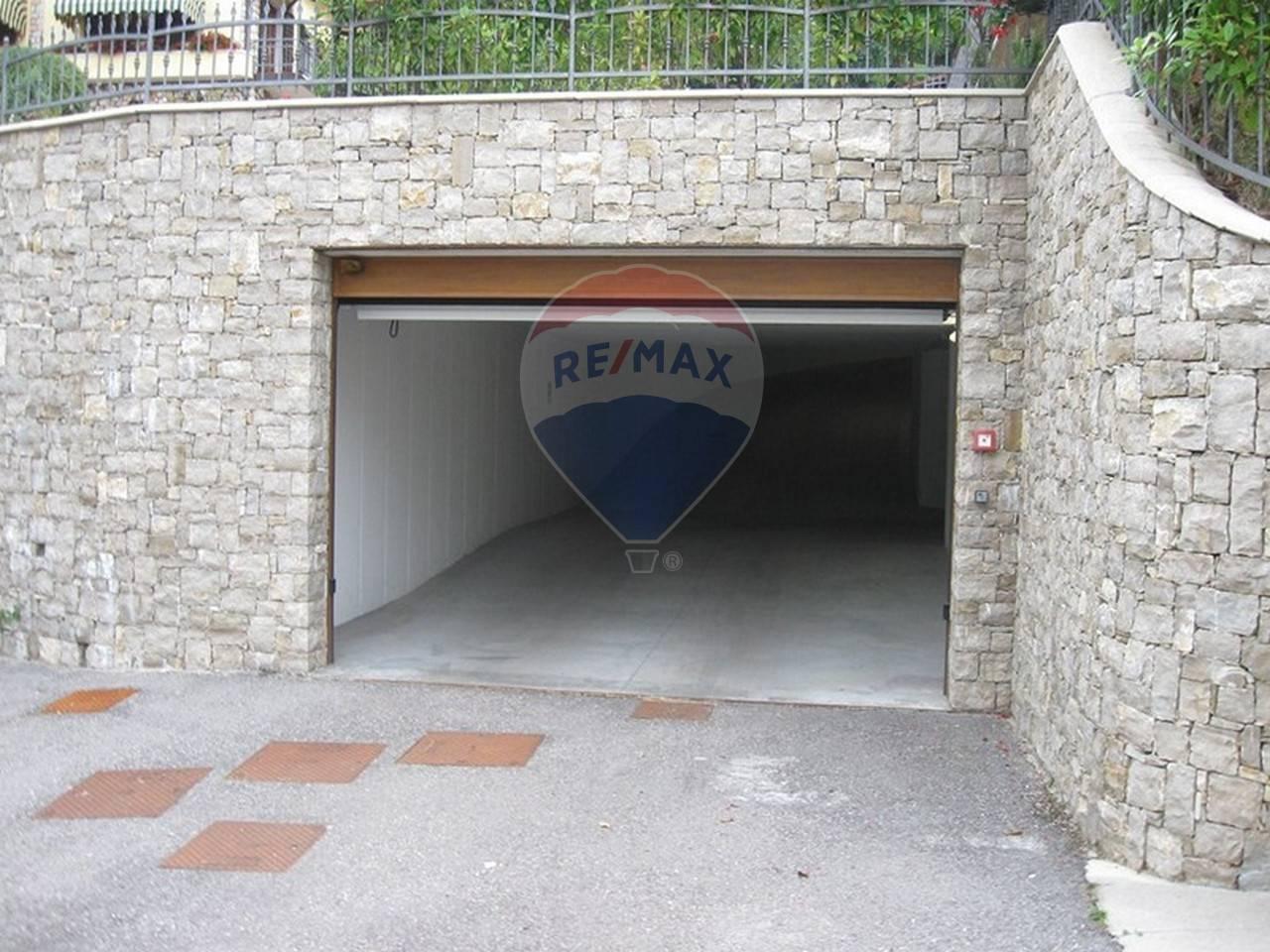 Box / Garage in vendita a San Zeno di Montagna, 1 locali, prezzo € 16.000   CambioCasa.it