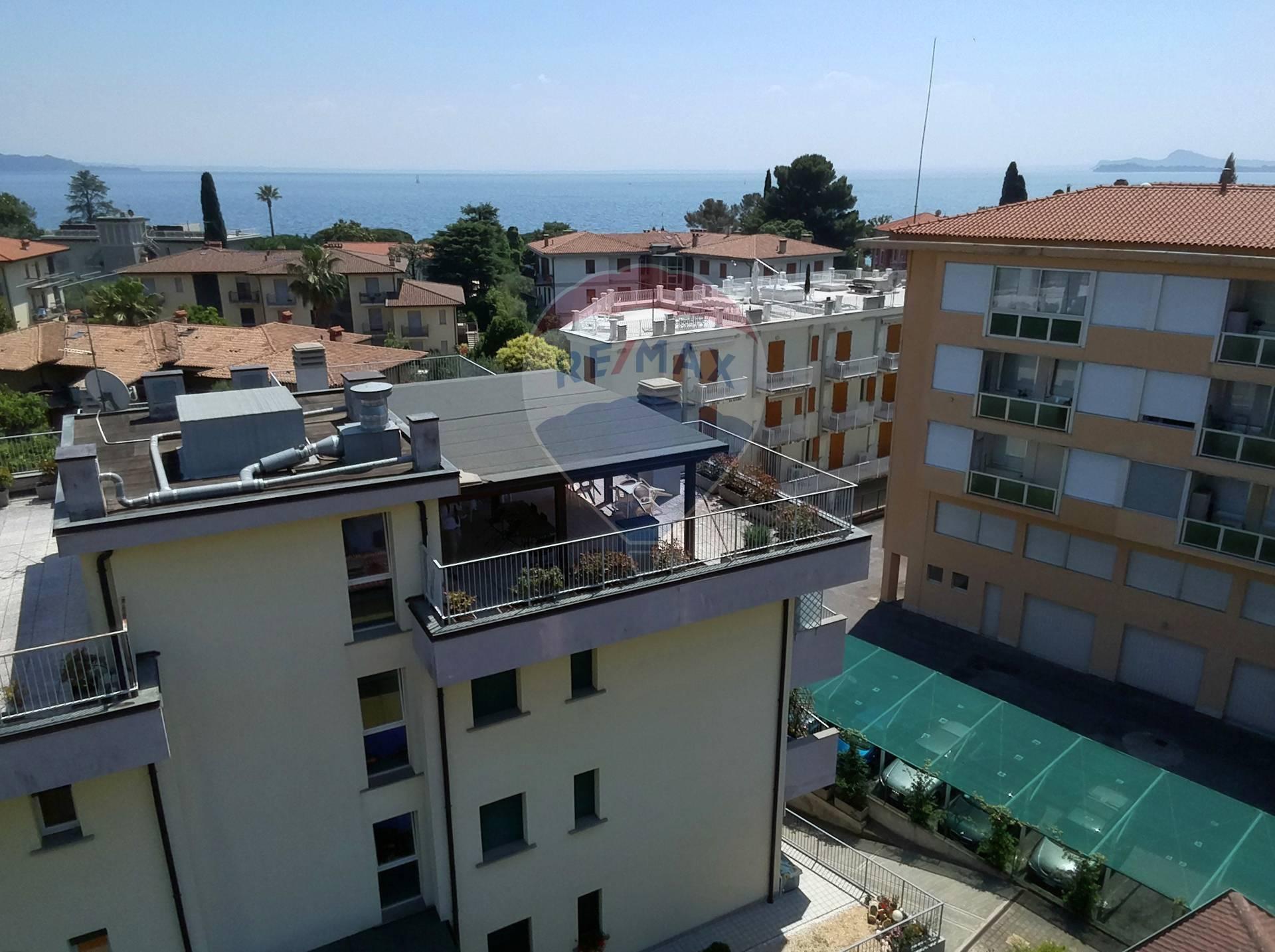 Appartamento in vendita a Toscolano-Maderno, 3 locali, zona Zona: Maderno, prezzo € 275.000 | CambioCasa.it