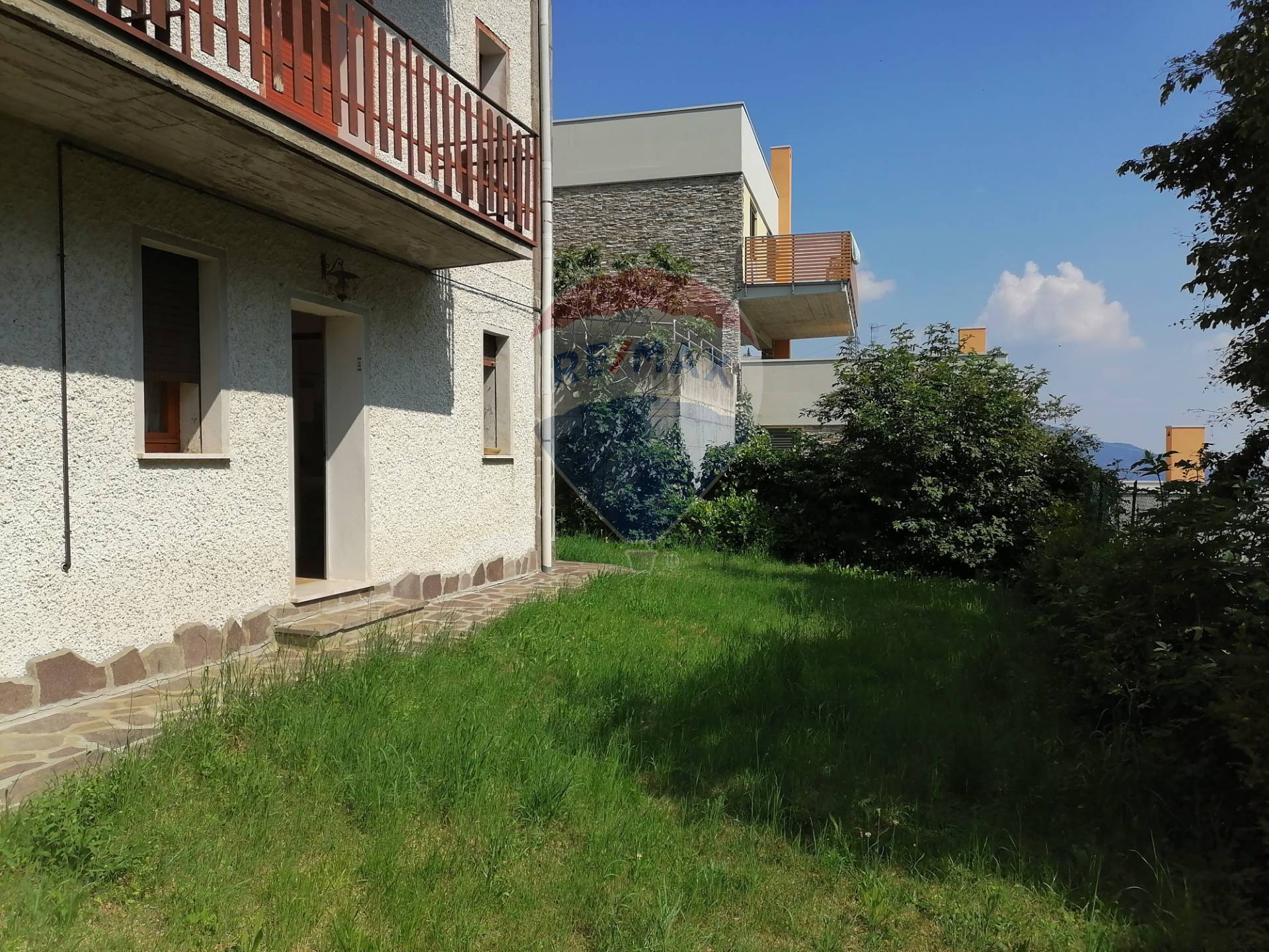 Appartamento in vendita a Aviatico, 3 locali, zona Zona: Ama, prezzo € 58.000 | CambioCasa.it