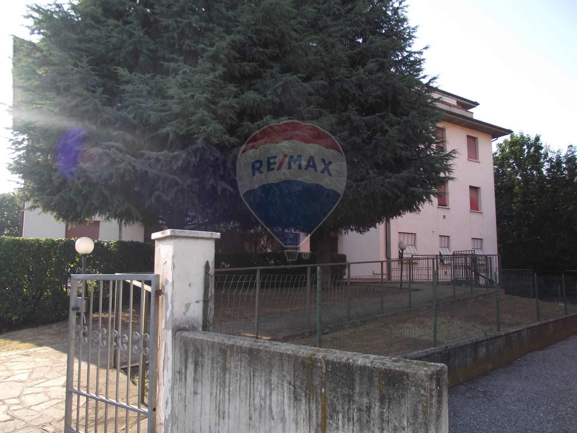 Appartamento in vendita a Finale Emilia, 4 locali, prezzo € 87.000   PortaleAgenzieImmobiliari.it