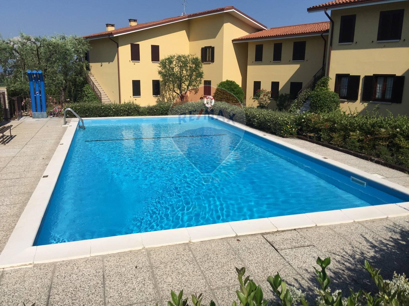 Appartamento in vendita a Soiano del Lago, 3 locali, prezzo € 229.000 | CambioCasa.it