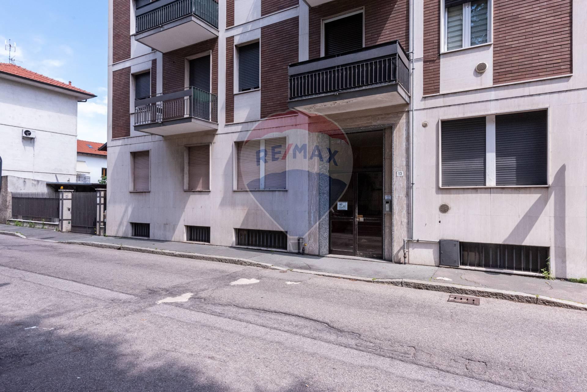 APPARTAMENTO in Vendita a Piscina, Legnano (MILANO)