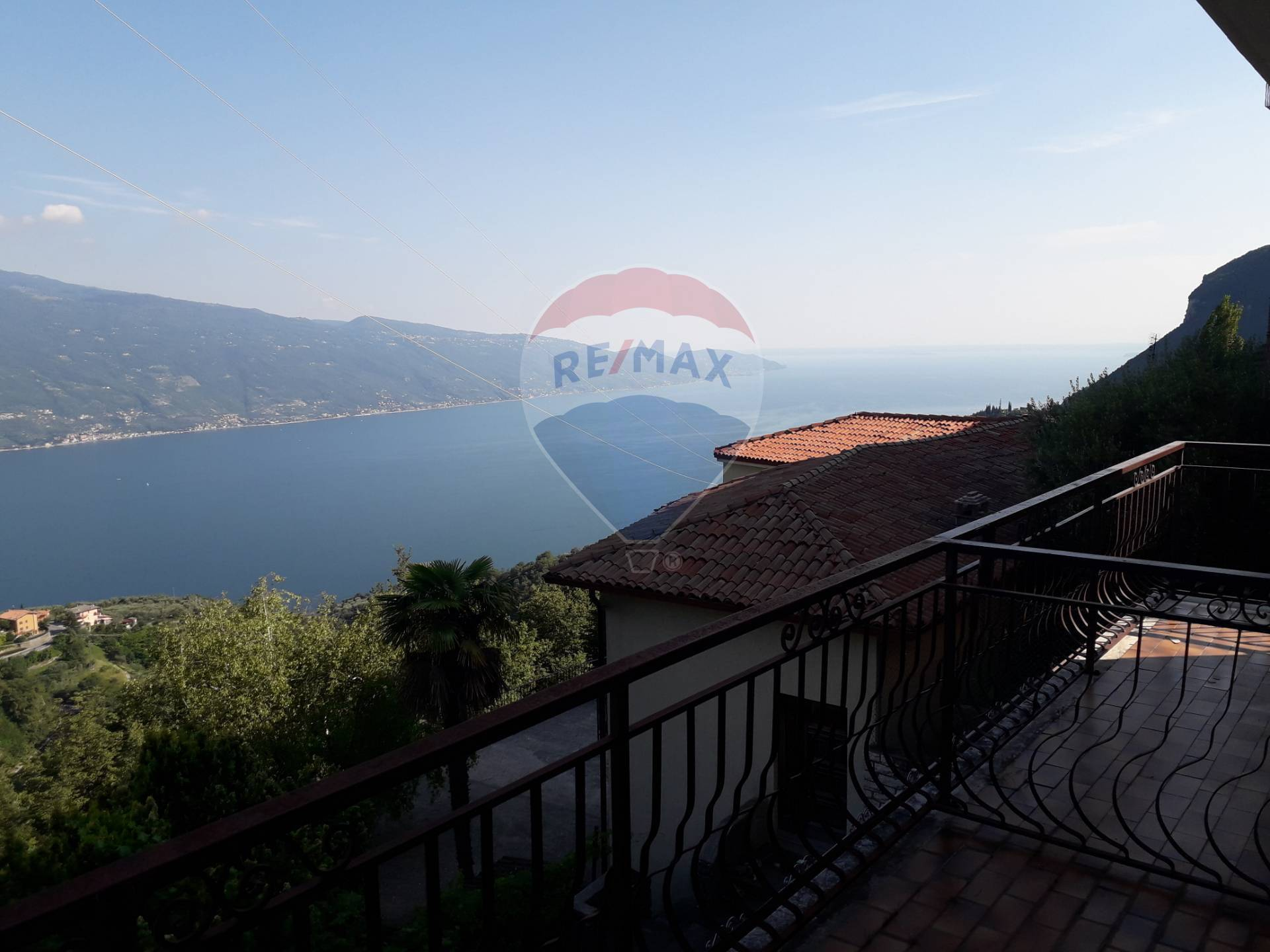Appartamento in vendita a Tignale, 2 locali, zona Zona: Gardola, prezzo € 108.000 | CambioCasa.it