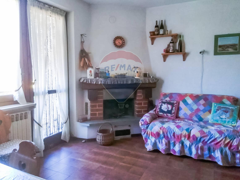 Appartamento in vendita a Alpette, 3 locali, zona Zona: Nero, prezzo € 25.000 | CambioCasa.it