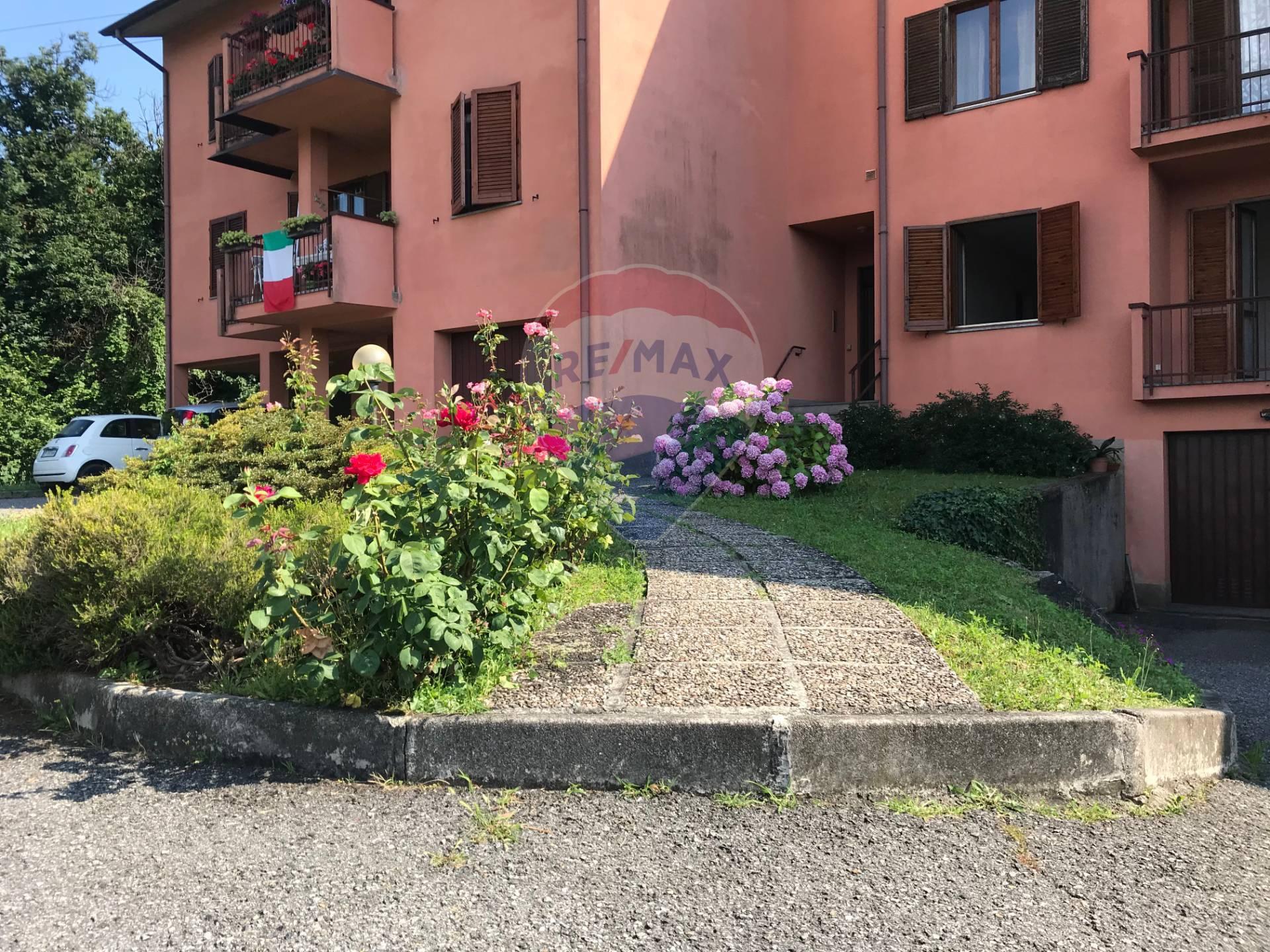 Appartamento in vendita a Sirtori, 3 locali, prezzo € 105.000 | CambioCasa.it