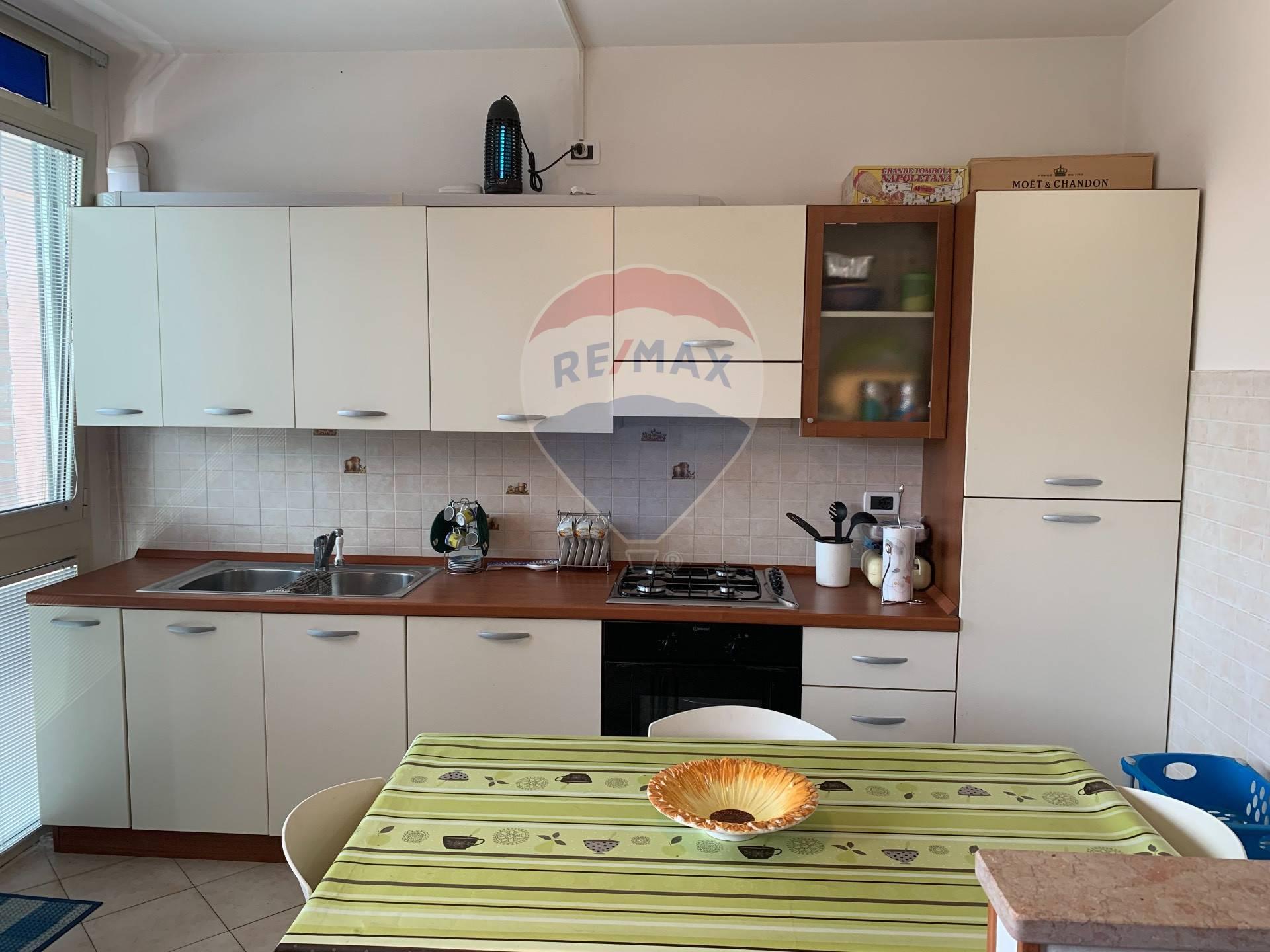 Appartamento in vendita a Bondeno, 3 locali, prezzo € 83.000 | CambioCasa.it