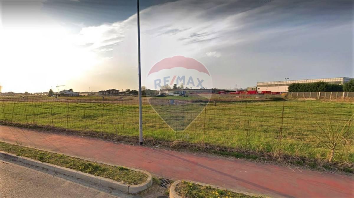 Terreno Edificabile Residenziale in vendita a Oppeano, 9999 locali, zona Località: CadegliOppi, prezzo € 48.000   CambioCasa.it