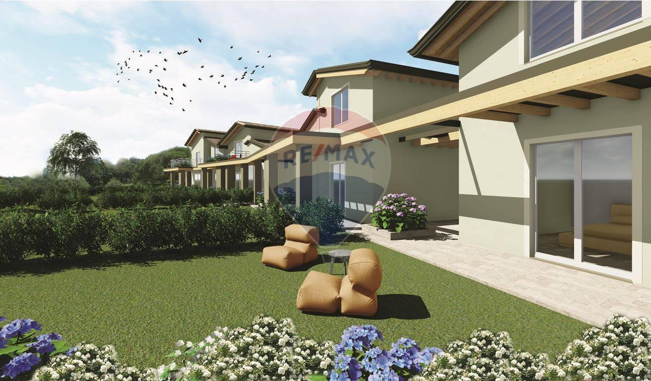 Appartamento in vendita a Lonato, 3 locali, prezzo € 205.000 | CambioCasa.it