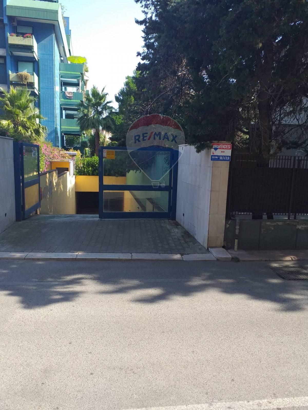 Box / Garage in vendita a Bari, 1 locali, zona Località: S.Pasquale, prezzo € 39.000 | CambioCasa.it