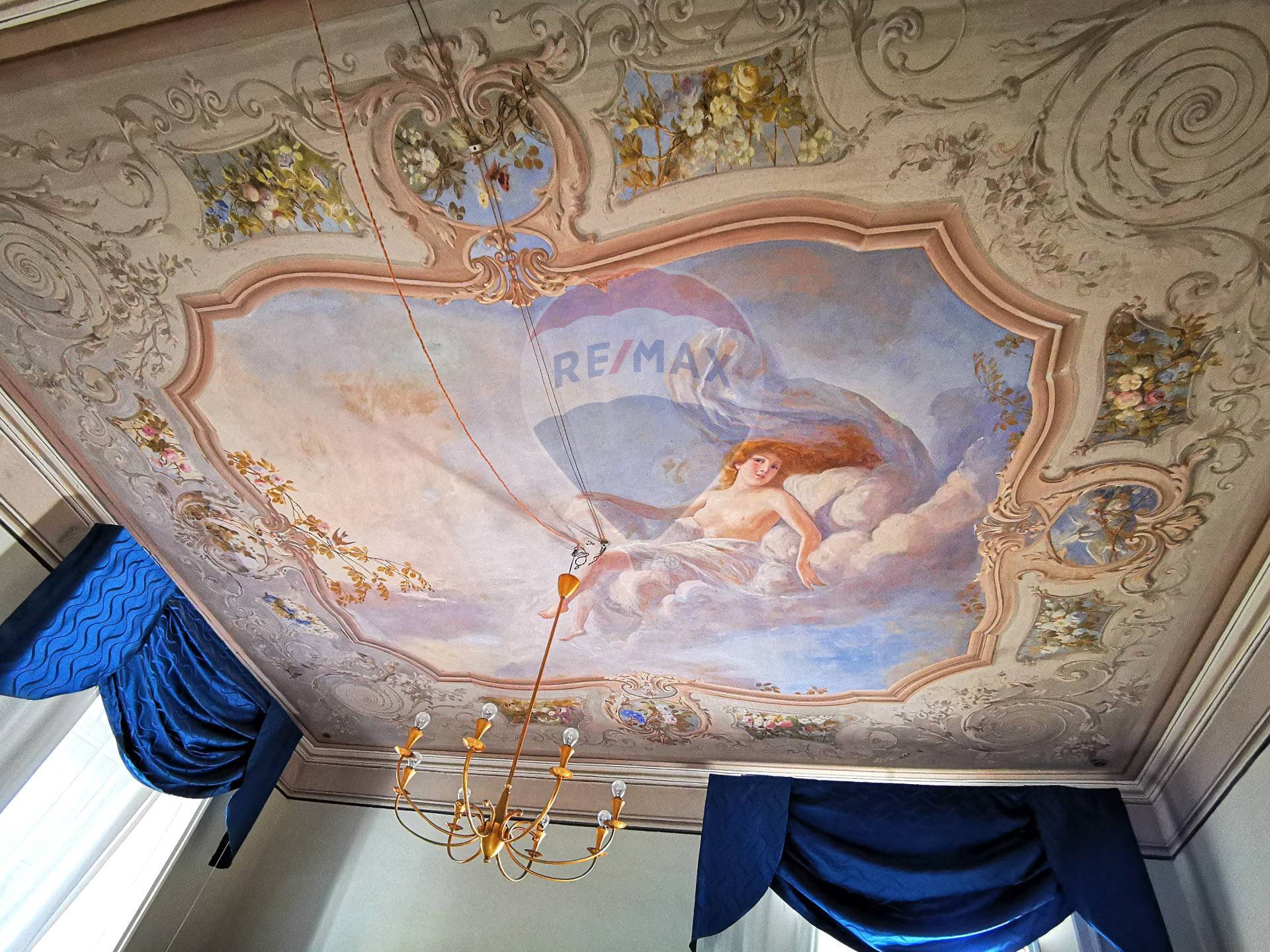 Villa Unifamiliare - Indipendente, 450 Mq, Vendita - Caiazzo (CE)