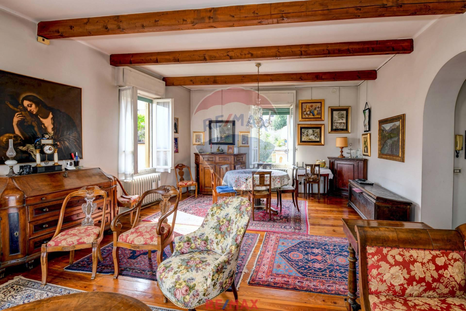 Villa in Vendita a Gargnano
