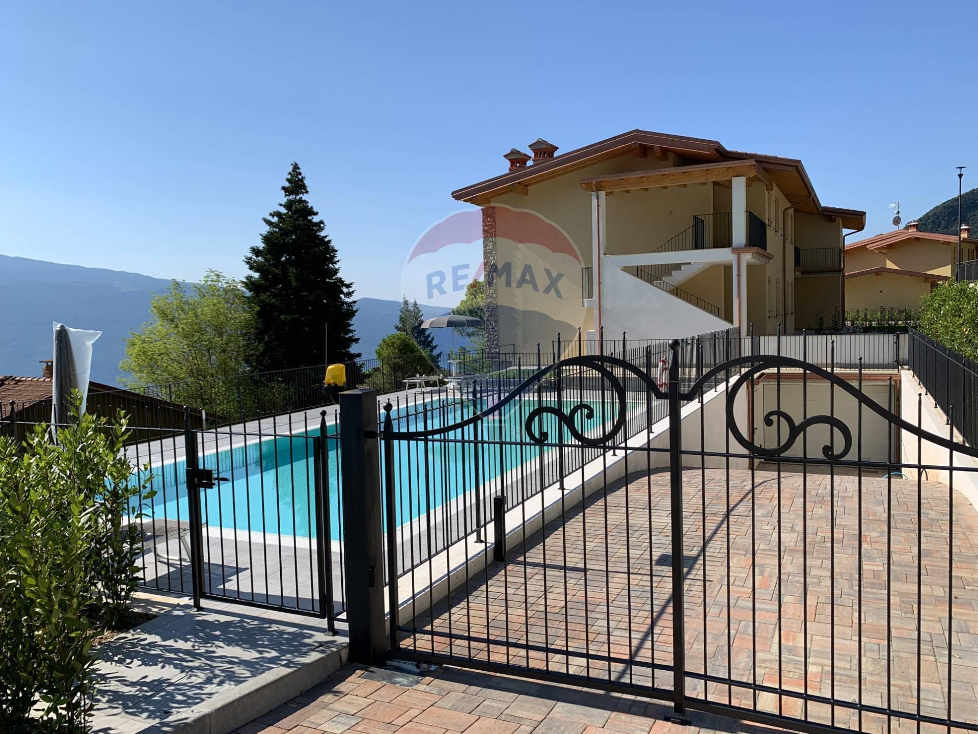 Appartamento in vendita a Tignale, 2 locali, prezzo € 210.000 | CambioCasa.it