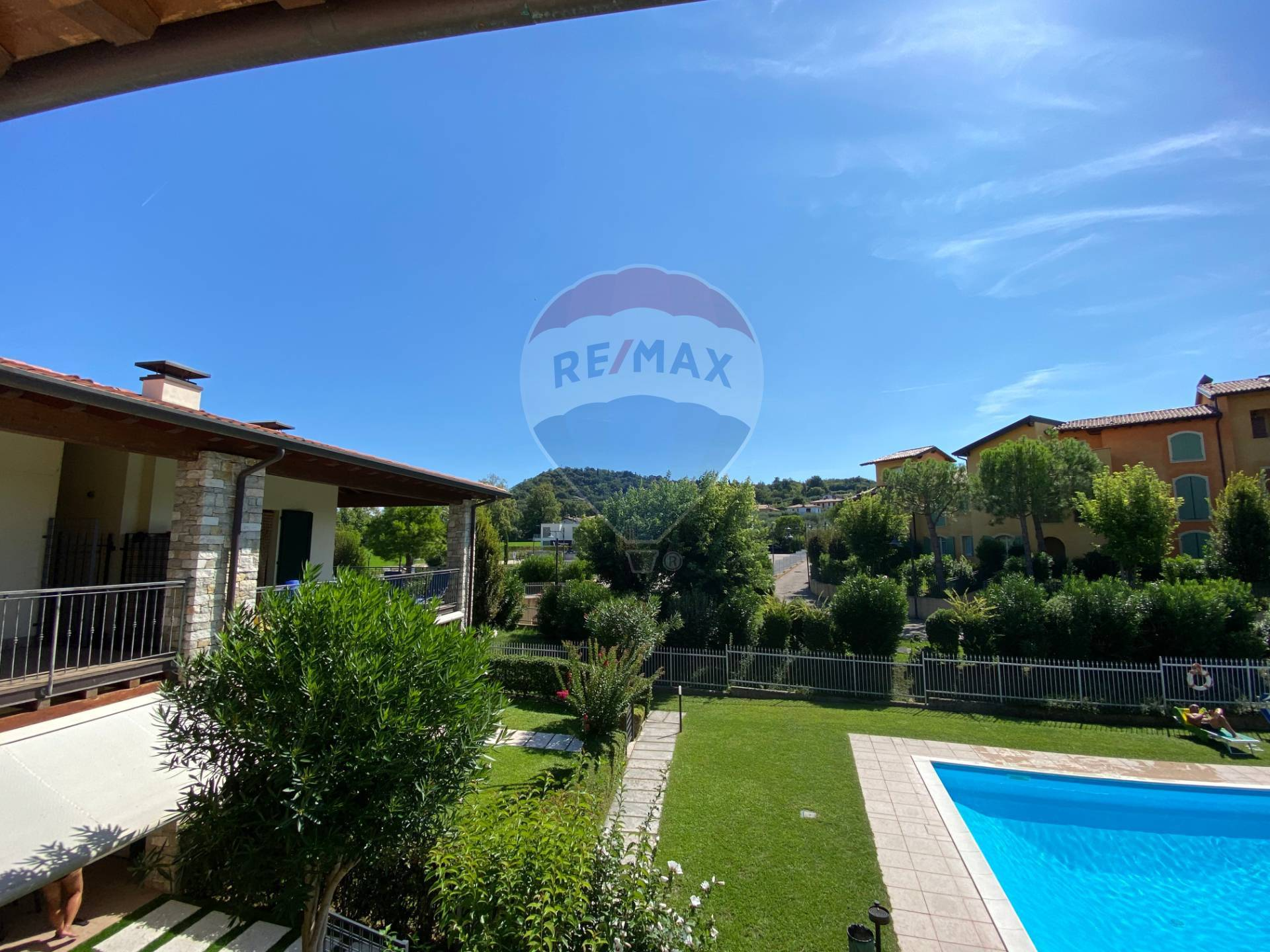 Appartamento in vendita a Manerba del Garda, 3 locali, prezzo € 210.000 | CambioCasa.it