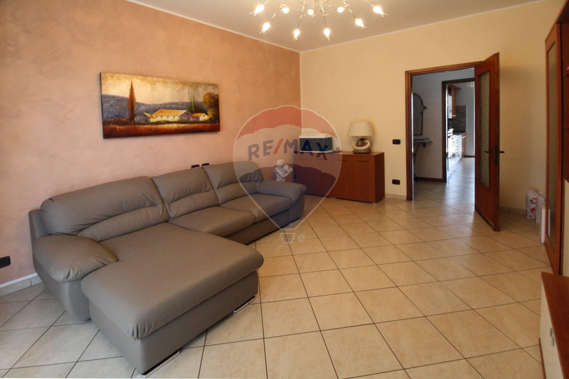 Appartamento in vendita a Sant'Ilario d'Enza, 3 locali, zona Zona: Calerno, prezzo € 118.000 | CambioCasa.it