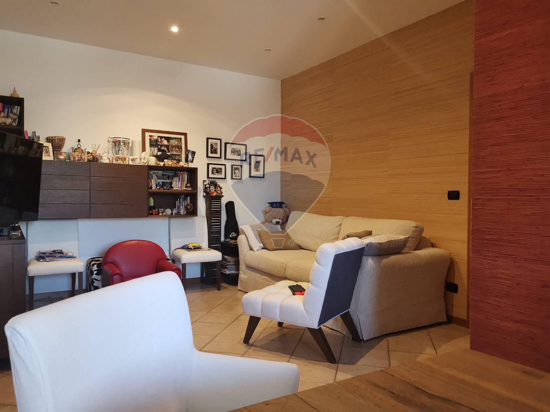 Appartamento, 102 Mq, Vendita - Modugno (Bari)