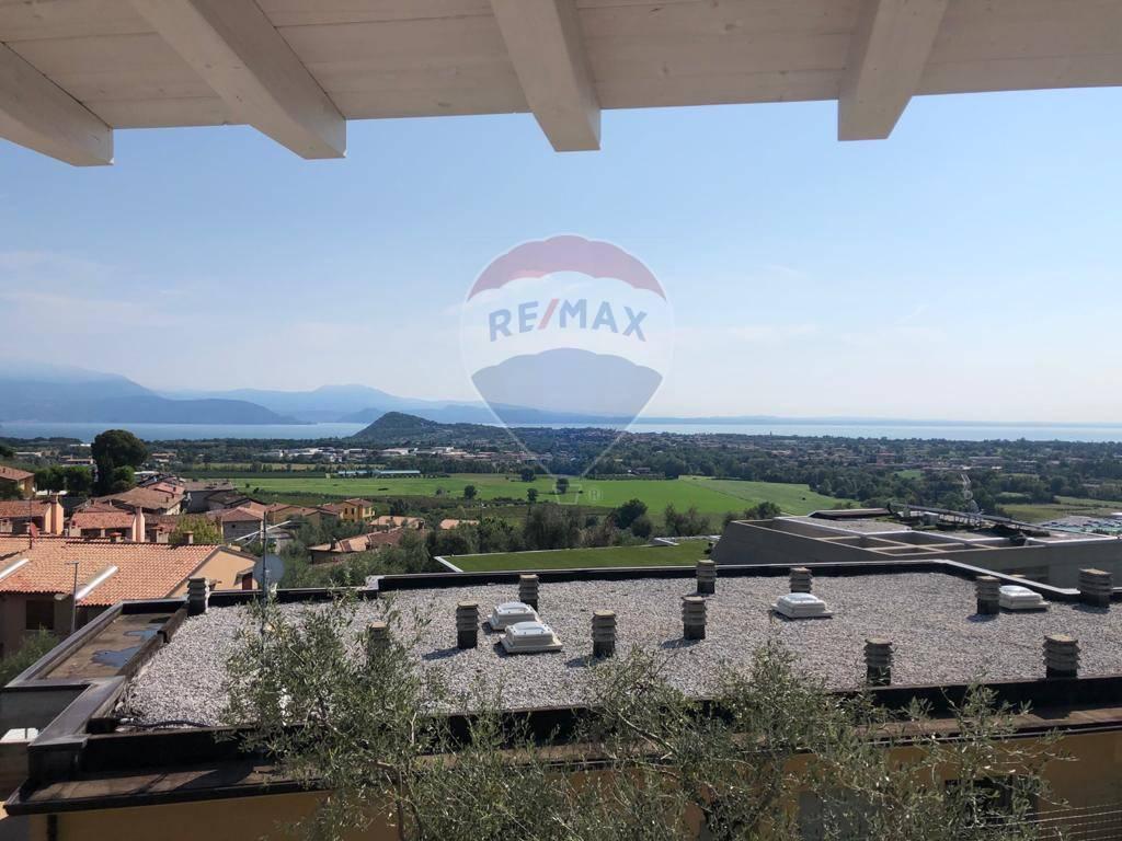 Appartamento in vendita a Polpenazze del Garda, 3 locali, prezzo € 245.000 | CambioCasa.it