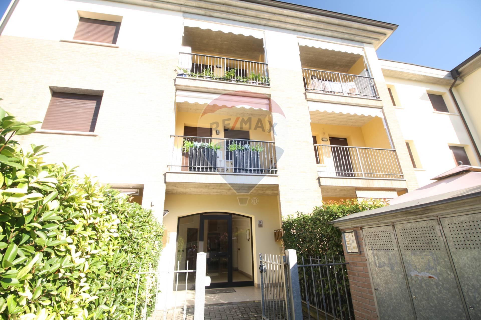 Appartamento in vendita a Sant'Ilario d'Enza, 3 locali, zona Zona: Calerno, prezzo € 150.000 | CambioCasa.it