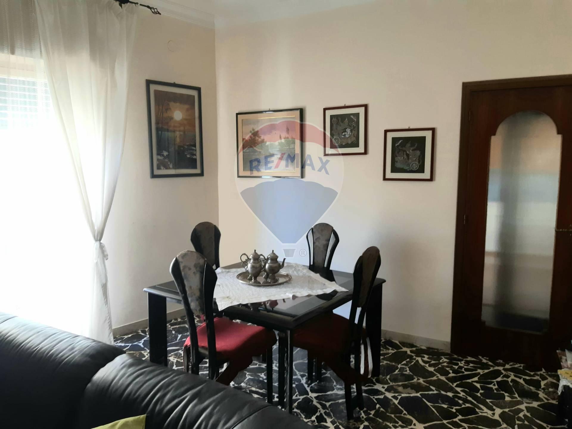 Appartamento, 130 Mq, Affitto - Catania (Catania)