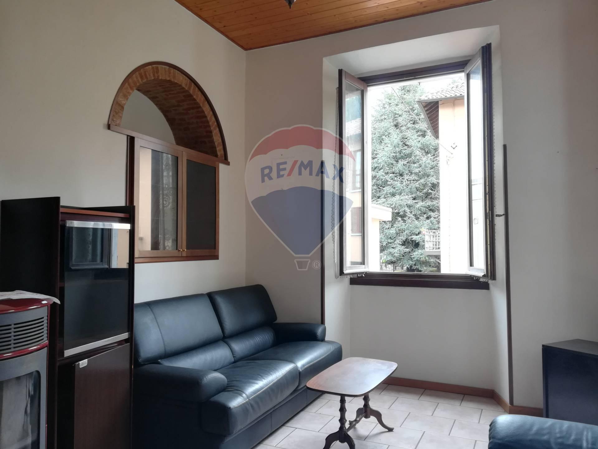 Appartamento in vendita a Sirtori, 3 locali, prezzo € 59.000 | CambioCasa.it