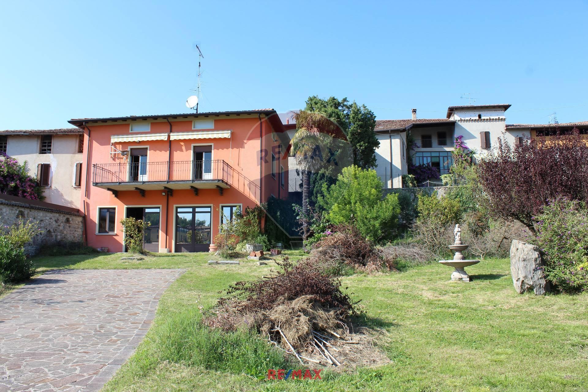 Soluzione Indipendente in vendita a Puegnago sul Garda, 4 locali, zona ello, prezzo € 340.000 | PortaleAgenzieImmobiliari.it