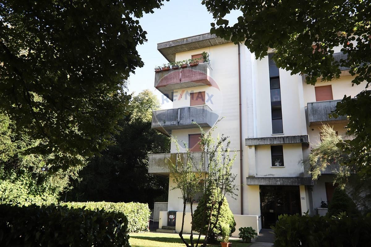 Appartamento in vendita a Nogara, 7 locali, prezzo € 92.000 | CambioCasa.it