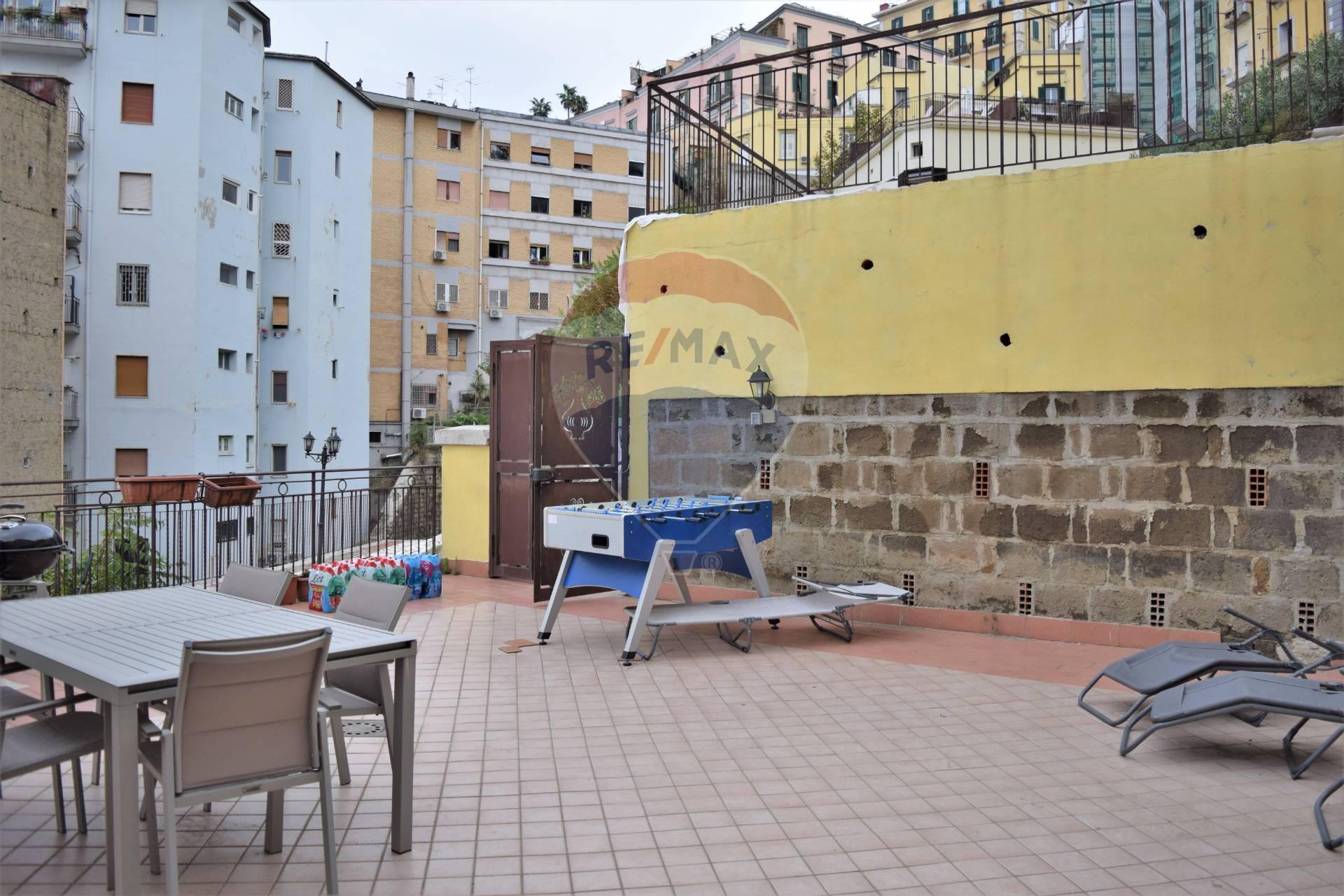 Appartamento, 110 Mq, Vendita - Napoli (Napoli)