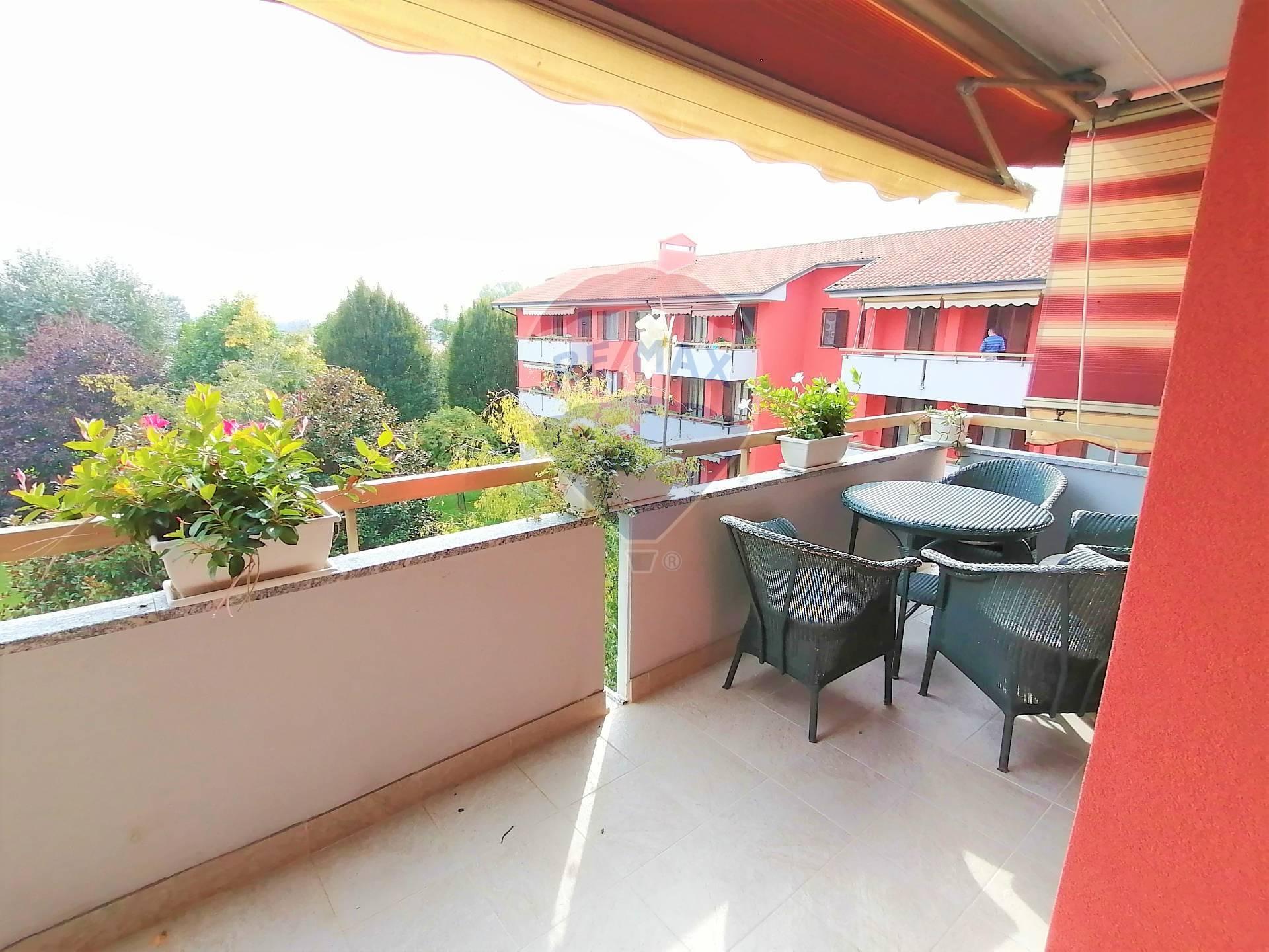 Appartamento in vendita a Cusago, 4 locali, prezzo € 250.000   CambioCasa.it