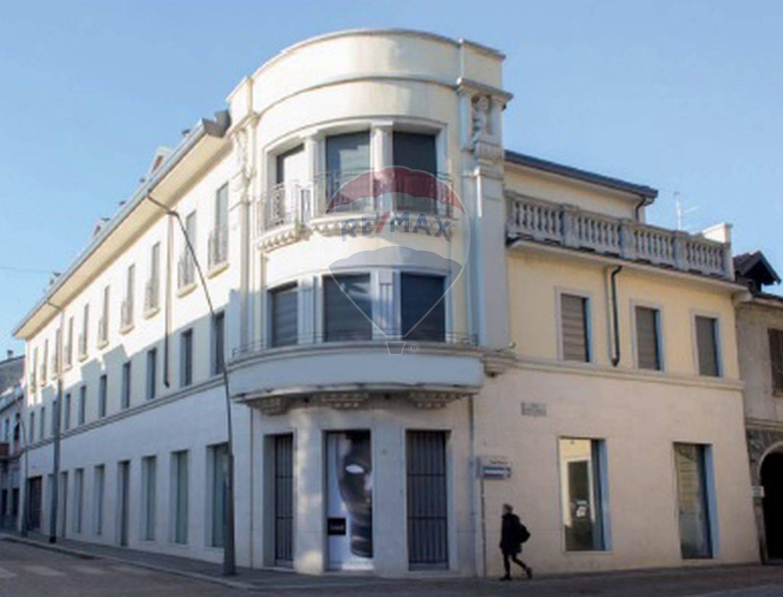 APPARTAMENTO in Vendita a Centro, Legnano (MILANO)