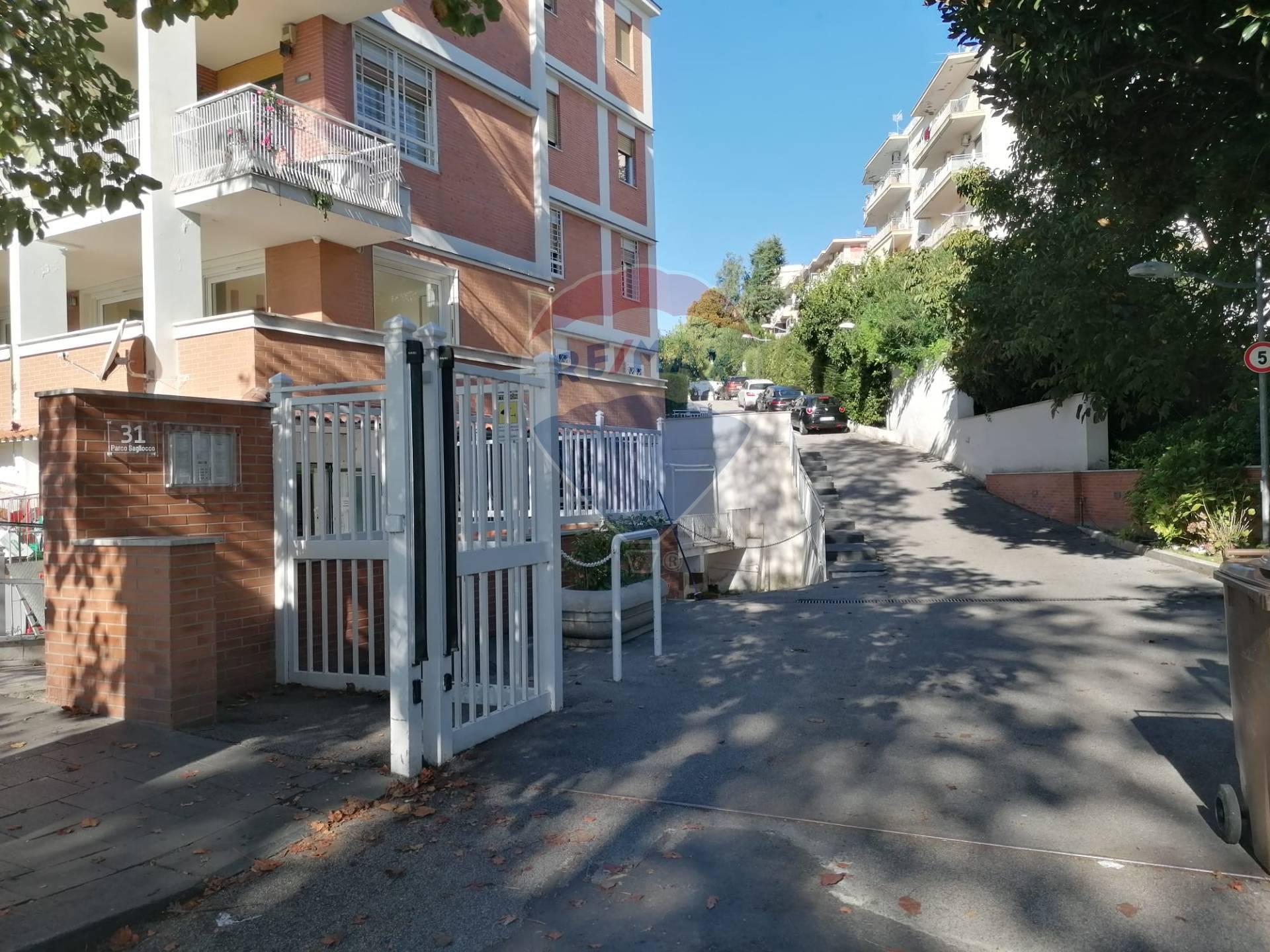 Appartamento a Napoli (Napoli) in Affitto