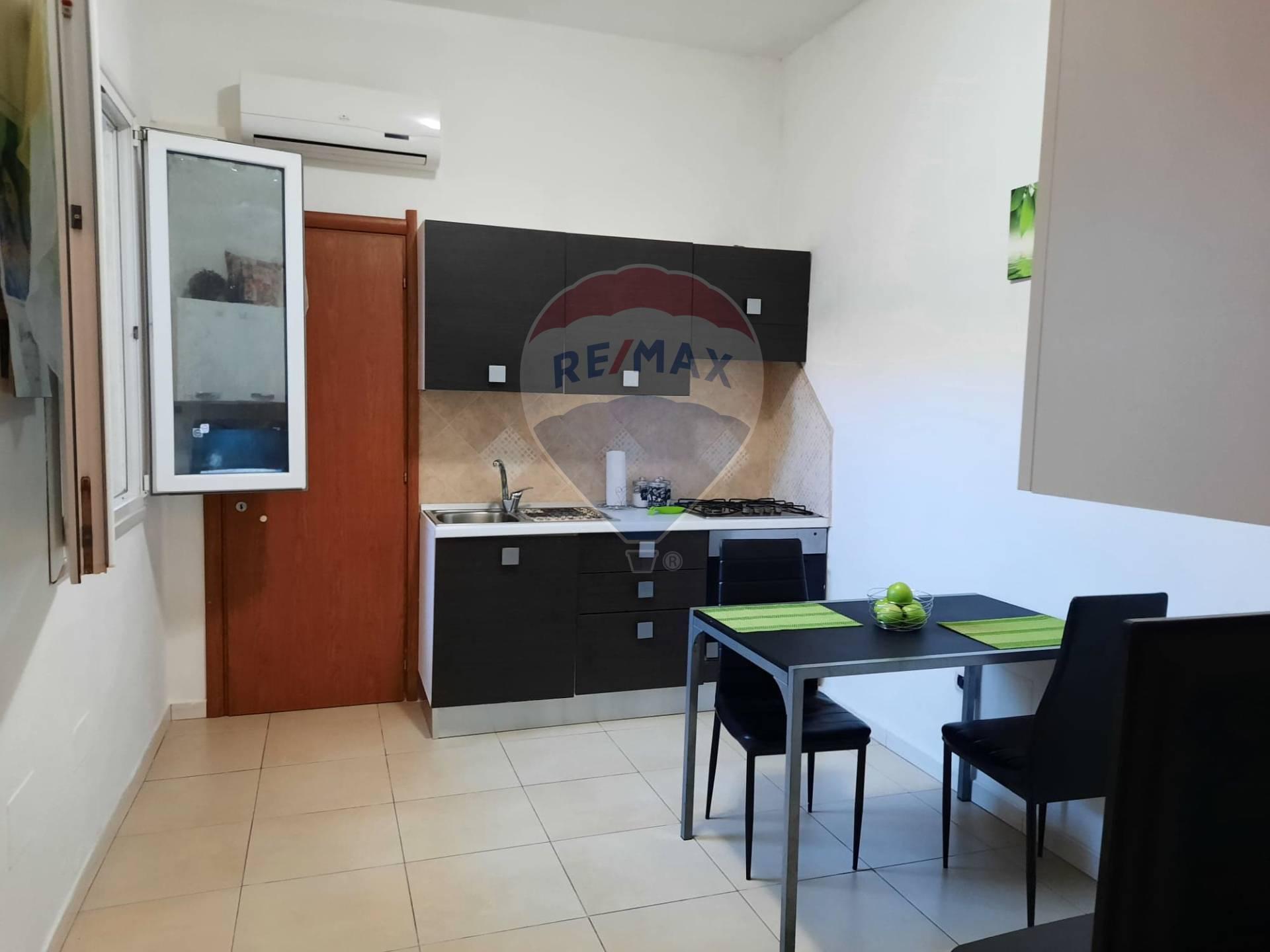 Appartamento, 155 Mq, Vendita - Cagliari (Cagliari)