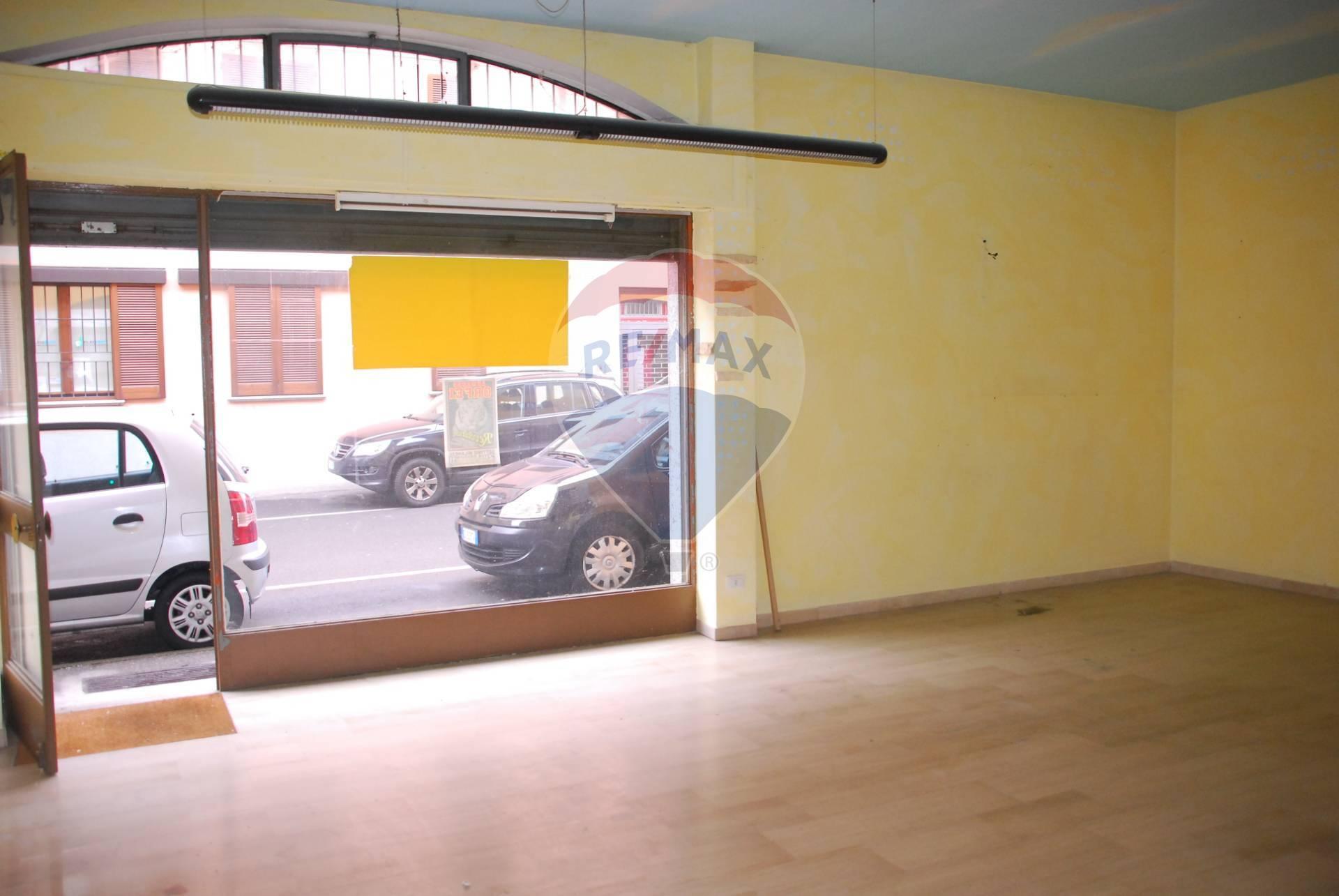Negozio / Locale in vendita a Sedriano, 9999 locali, prezzo € 65.000 | CambioCasa.it
