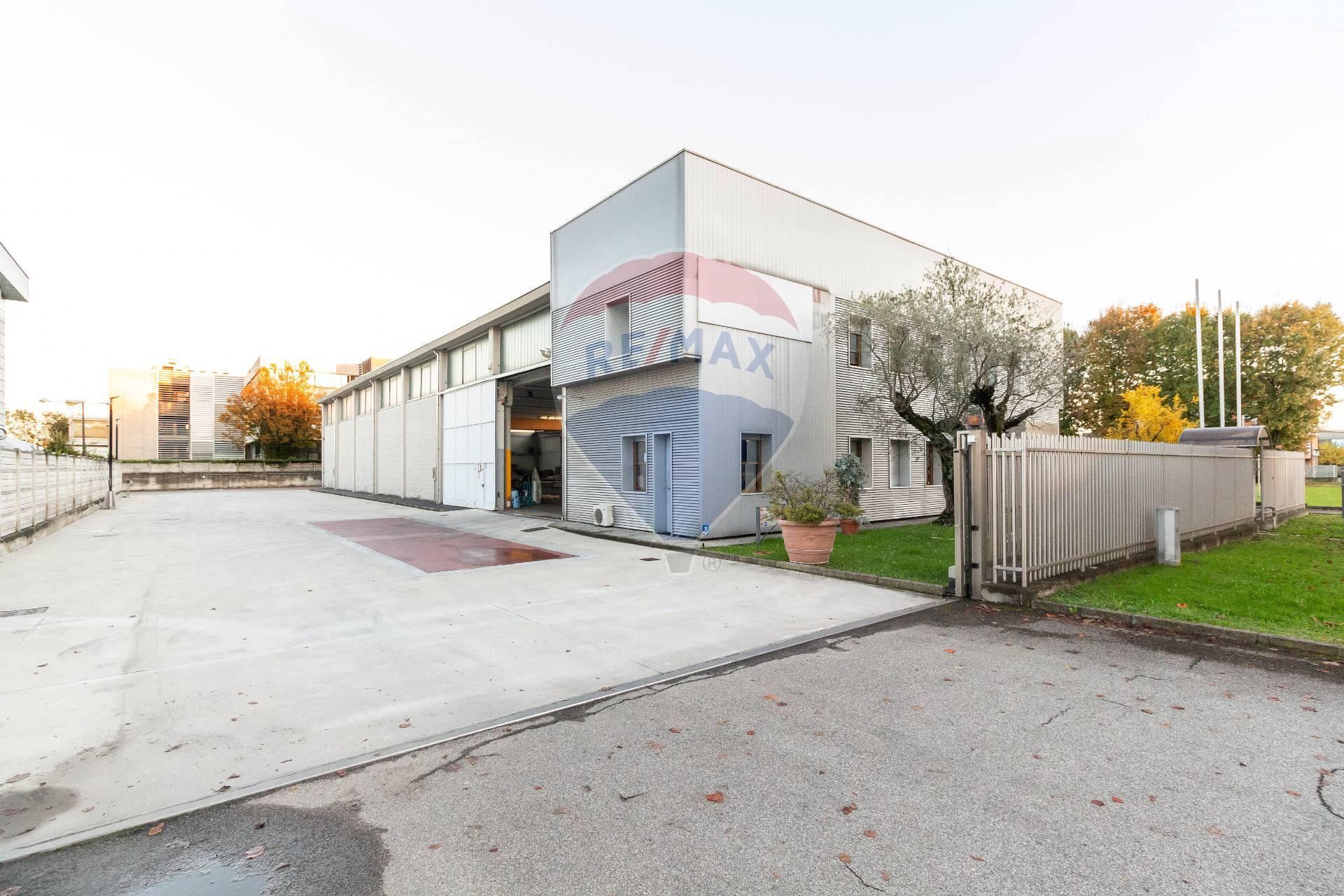 Vendita Capannone Commerciale/Industriale Cernusco sul Naviglio 246341