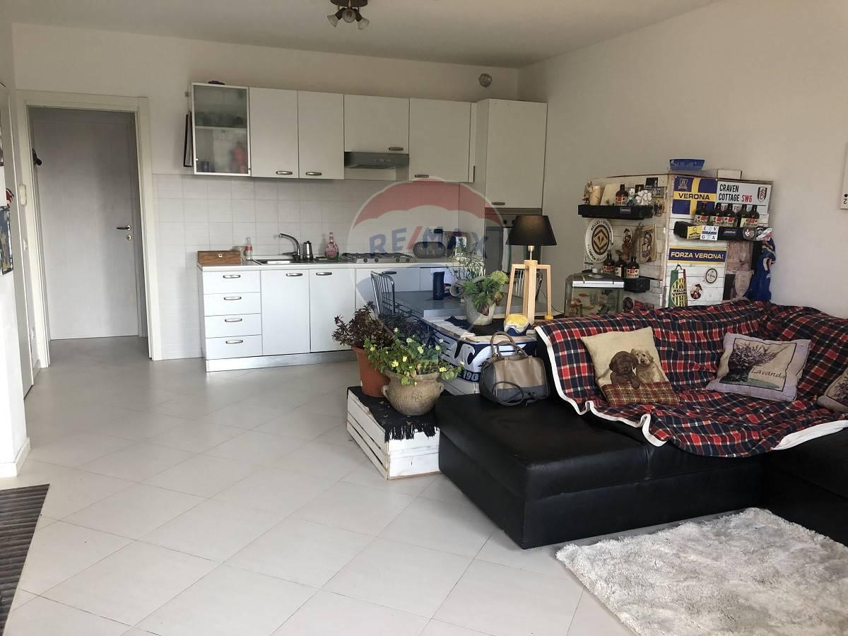 Appartamento in vendita a San Martino Buon Albergo, 3 locali, prezzo € 109.000   CambioCasa.it