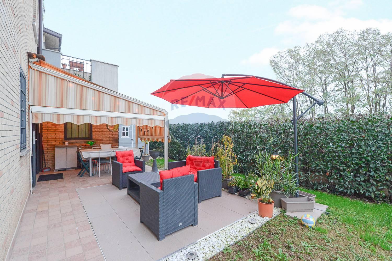 Appartamento in vendita a Caronno Pertusella, 3 locali, zona Zona: Bariola, prezzo € 225.000 | CambioCasa.it