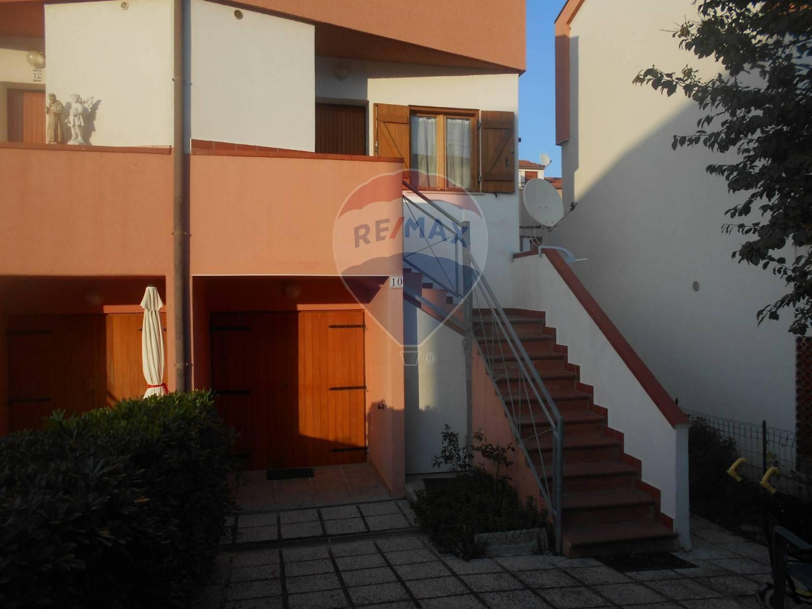 Villa a Schiera in vendita a Montemarciano, 3 locali, prezzo € 115.000 | CambioCasa.it