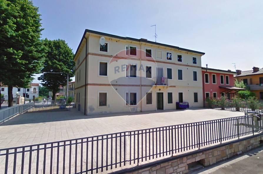 Appartamento in vendita a Veronella, 3 locali, prezzo € 95.000 | CambioCasa.it