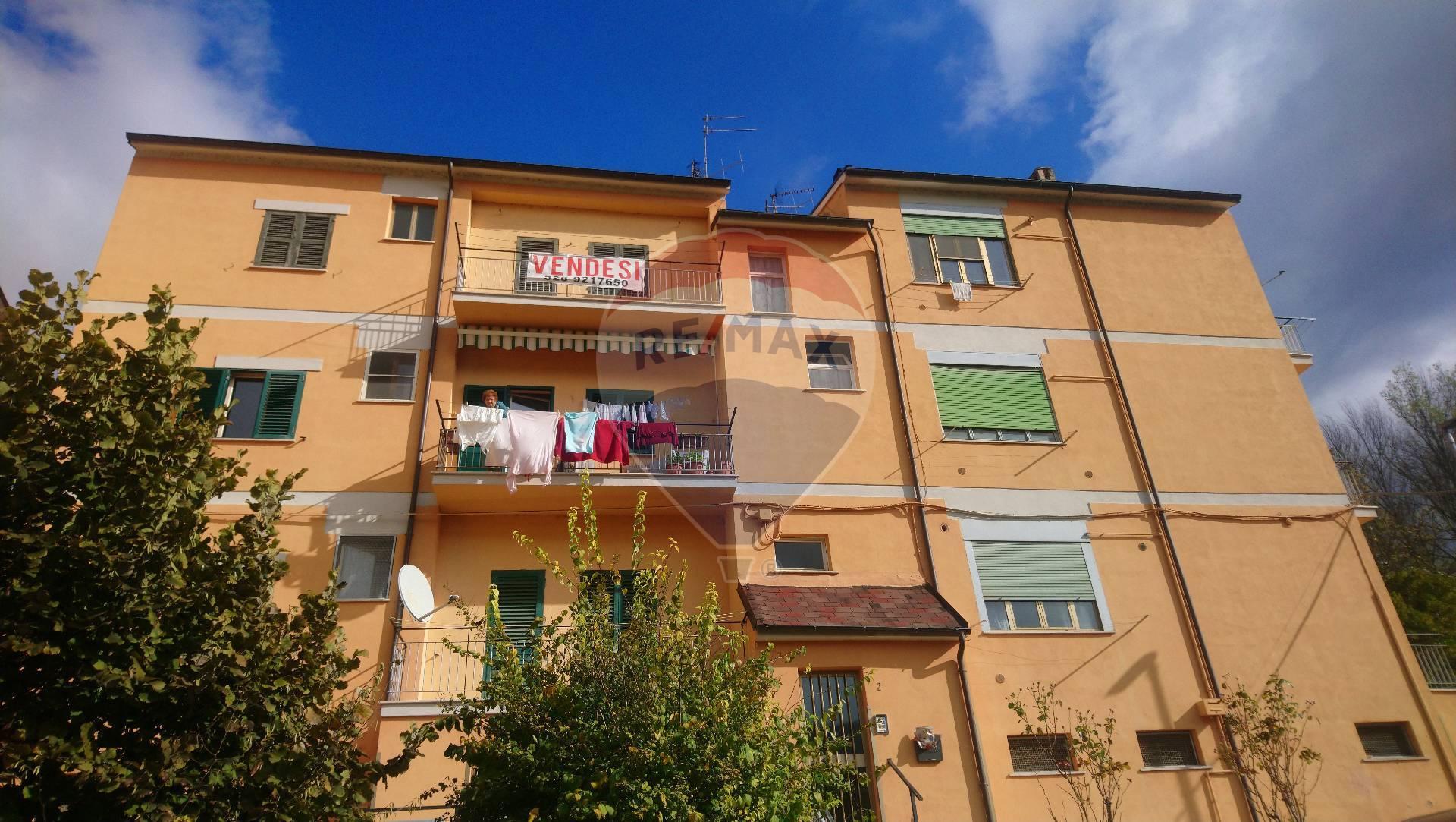 Appartamento in vendita a Popoli, 6 locali, prezzo € 59.000 | CambioCasa.it