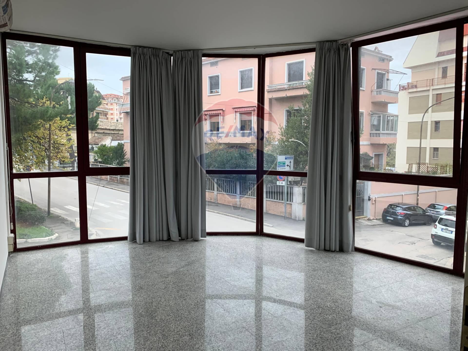 Appartamento in affitto a Lanciano, 3 locali, prezzo € 700 | CambioCasa.it