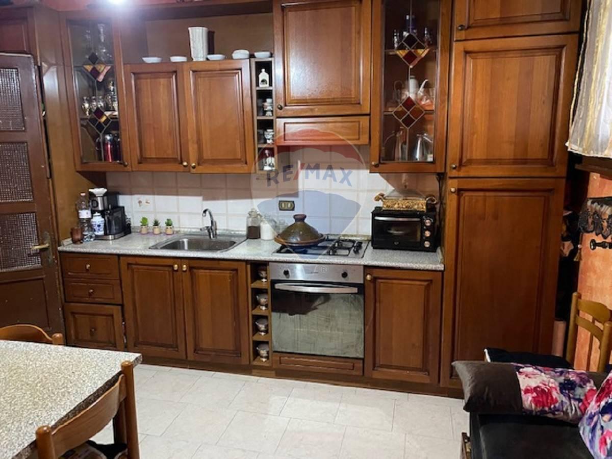 Appartamento in vendita a Gazzo Veronese, 4 locali, zona Zona: Maccacari, prezzo € 53.000 | CambioCasa.it