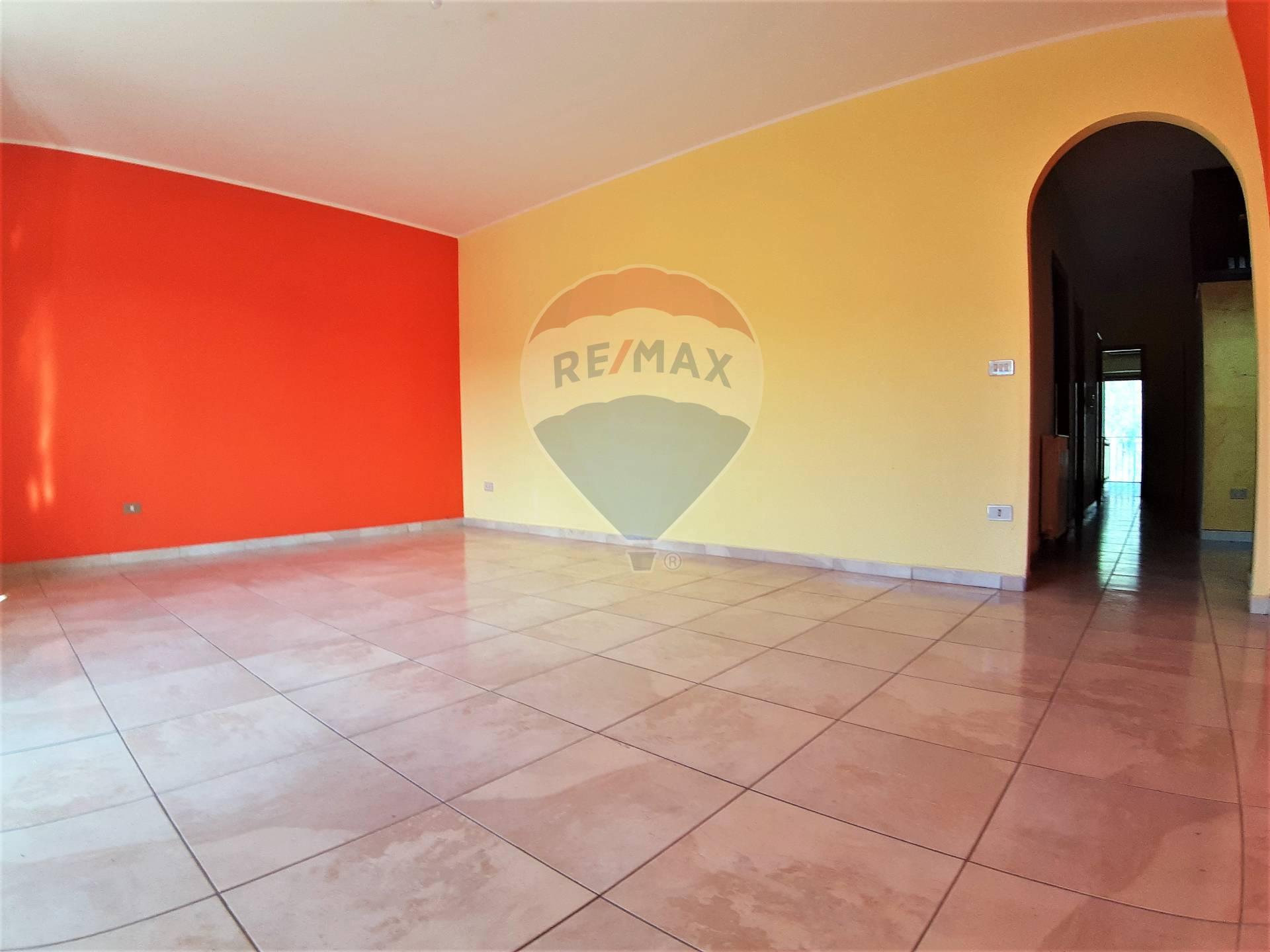 Appartamento in vendita a Gaggi, 4 locali, prezzo € 65.000 | CambioCasa.it