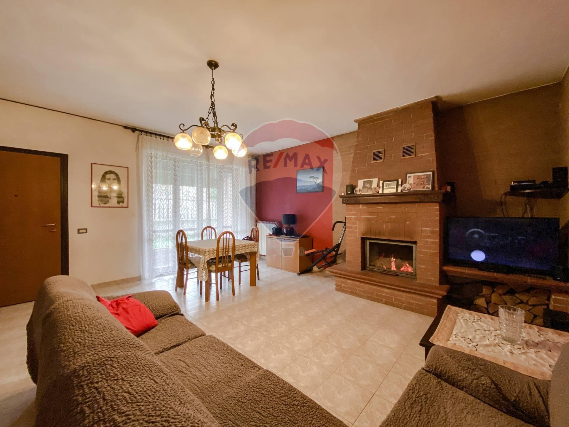 Soluzione Indipendente in vendita a Castelnovetto, 4 locali, prezzo € 175.000 | CambioCasa.it