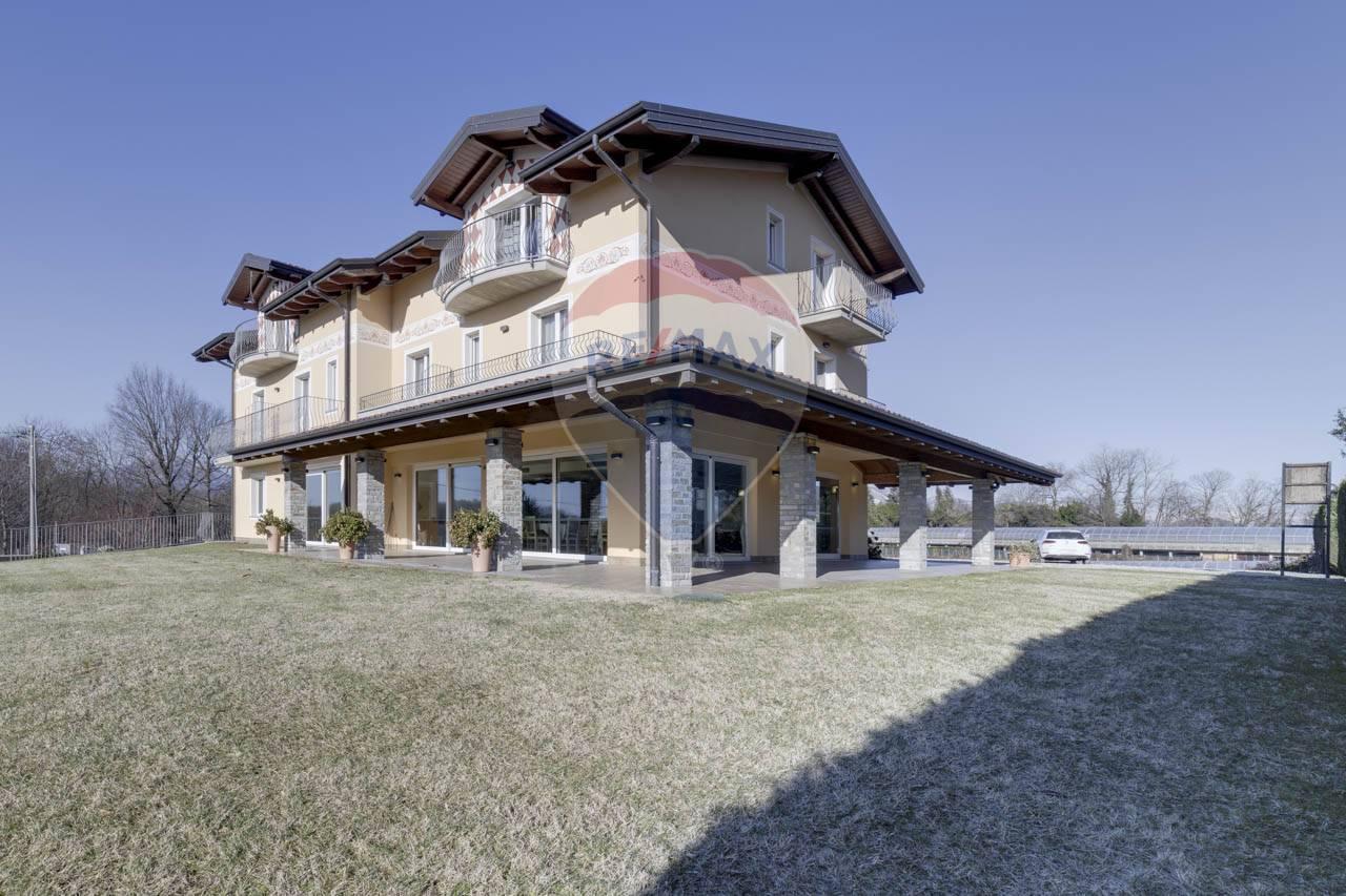 Vendita Palazzo/Palazzina/Stabile Casa/Villa Arcisate 245063
