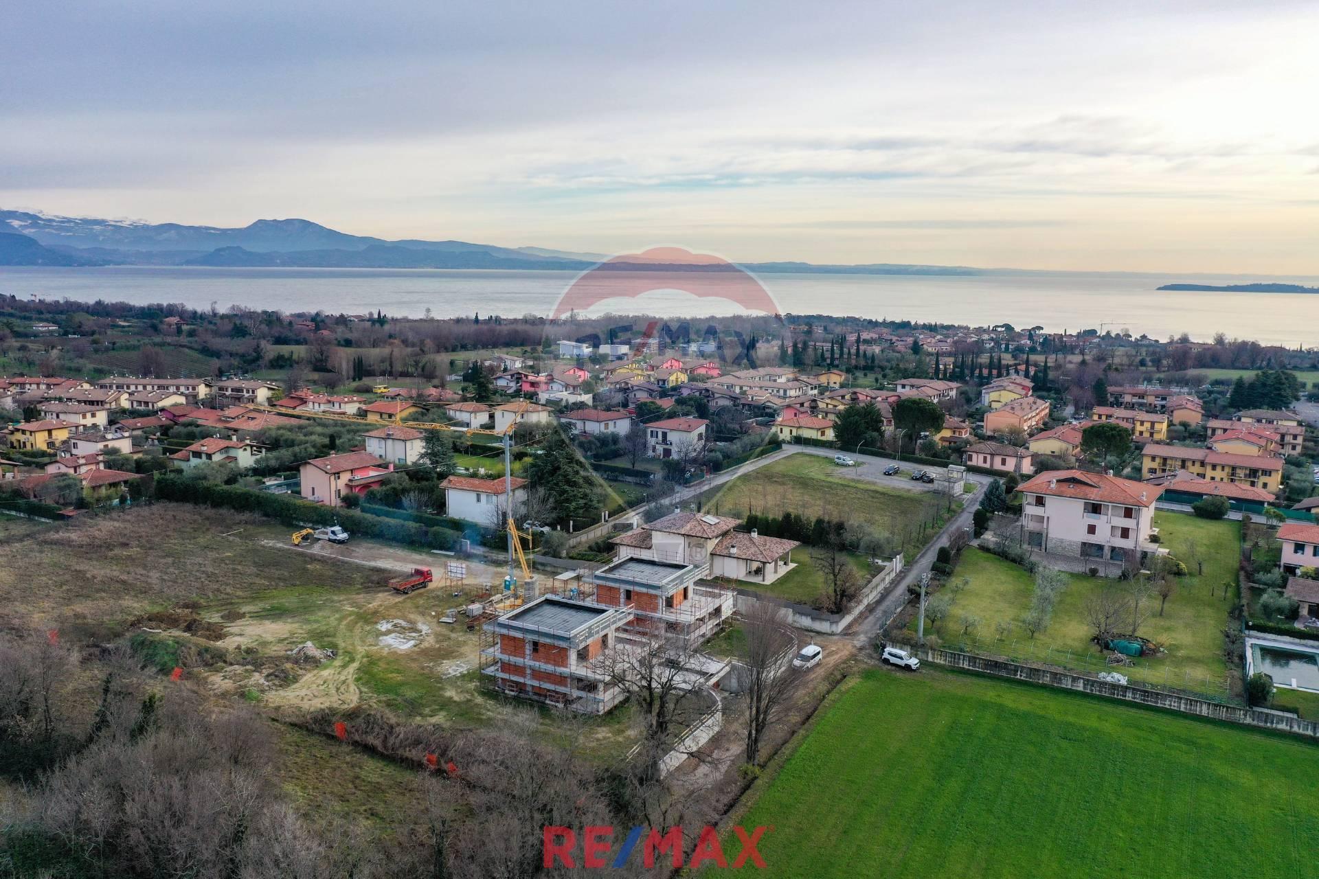 Villa in vendita a Moniga del Garda, 4 locali, prezzo € 680.000 | PortaleAgenzieImmobiliari.it