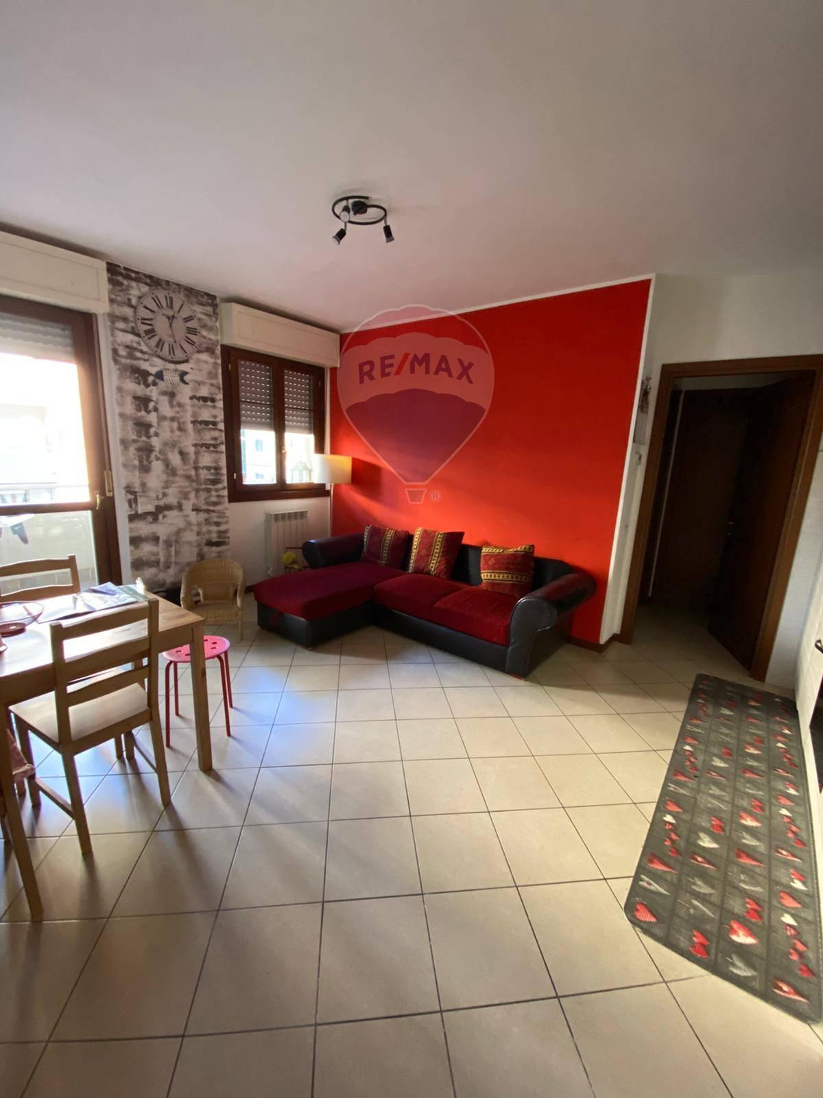 Appartamento in vendita a Grumello del Monte, 2 locali, prezzo € 69.000 | CambioCasa.it