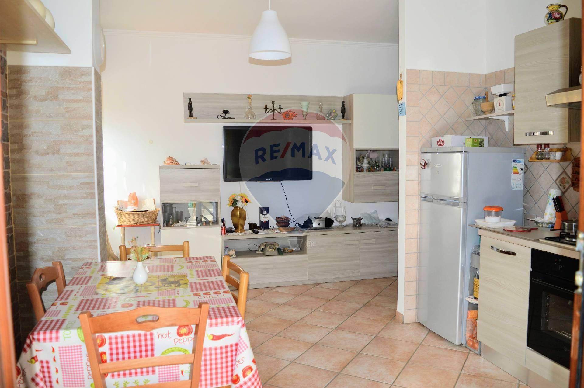 Appartamento in vendita a Anzio, 2 locali, zona Località: Anziodue, prezzo € 65.000 | CambioCasa.it