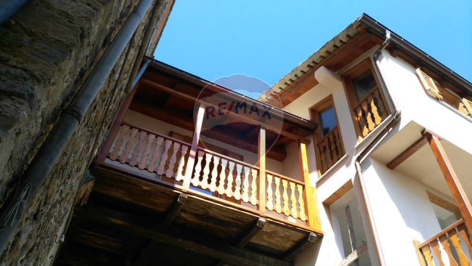 Immobile Turistico in vendita a Scopa, 11 locali, prezzo € 820.000 | CambioCasa.it